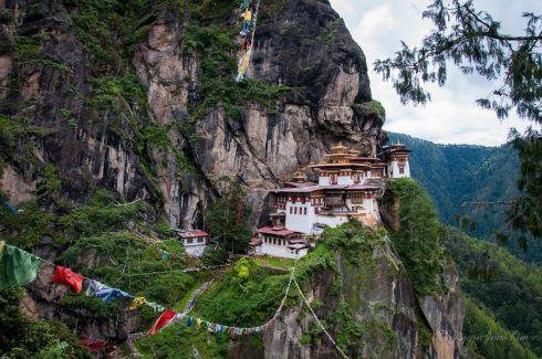 Bhutan-Paro-Tigers-Nest-Monastery.jpg